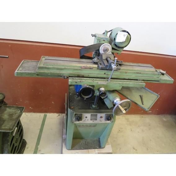 Máquina de afilar herramientas